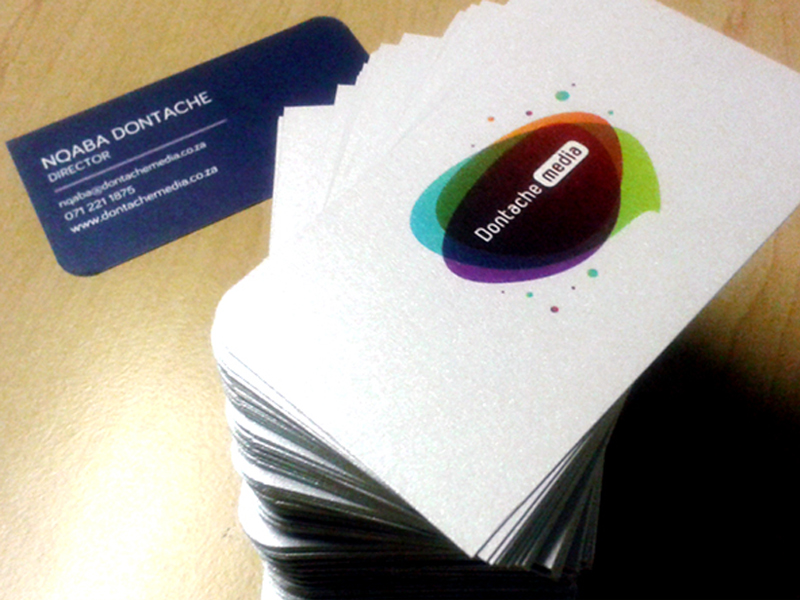 Curve-cut business cards